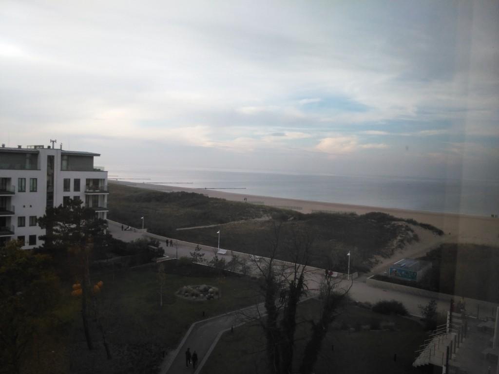 Strandblick aus dem Zimmer des a-ja Warnemünde